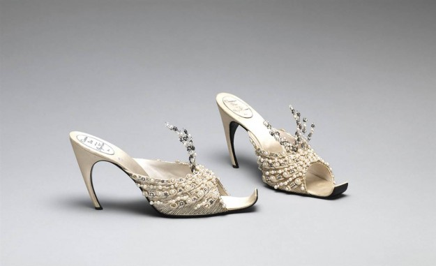 55c3904cf99 Christian Dior и Roger Vivier вечерни обувки за